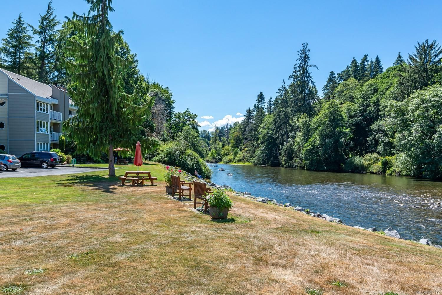 Photo 25: Photos: 303 205 1st St in : CV Courtenay City Row/Townhouse for sale (Comox Valley)  : MLS®# 883172