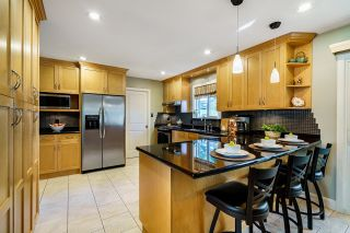 Photo 6: 11721 BLAKELY Road in Pitt Meadows: South Meadows House for sale : MLS®# R2624937