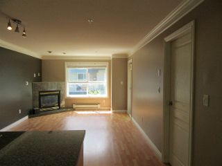 Photo 7: 302 8115 121A Street in Surrey: Queen Mary Park Surrey Condo for sale : MLS®# R2181096
