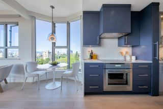 """Photo 13: 900 1788 W 13TH Avenue in Vancouver: Fairview VW Condo for sale in """"MAGNOLIA"""" (Vancouver West)  : MLS®# R2571664"""