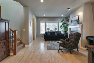Photo 3: 1633 17 Avenue NW in Calgary: Capitol Hill Semi Detached for sale : MLS®# A1143321