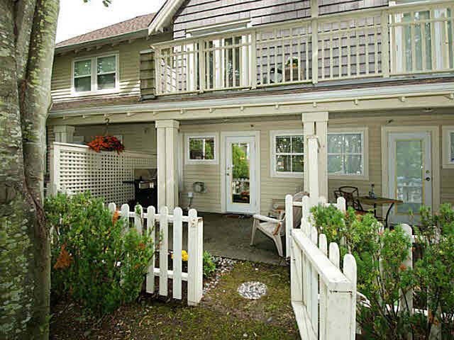 Main Photo: 14 1700 56TH STREET in Tsawwassen: Beach Grove Townhouse for sale : MLS®# V1143061