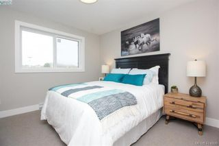 Photo 25: 7872 Lochside Dr in SAANICHTON: CS Turgoose Row/Townhouse for sale (Central Saanich)  : MLS®# 822582