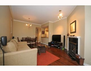 """Photo 8: 105 2250 W 3RD Avenue in Vancouver: Kitsilano Condo for sale in """"HENLEY PARK"""" (Vancouver West)  : MLS®# V755957"""
