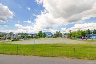 """Photo 13: 105 2285 PITT RIVER Road in Port Coquitlam: Central Pt Coquitlam Condo for sale in """"SHAUGHNESSY MANOR"""" : MLS®# R2594206"""
