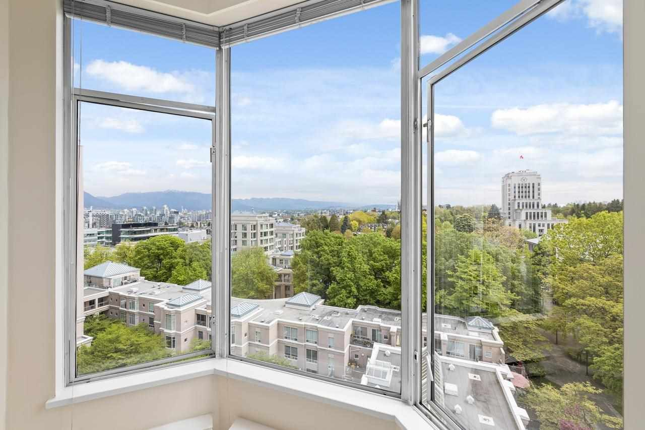 """Main Photo: 1004 2668 ASH Street in Vancouver: Fairview VW Condo for sale in """"Cambridge Gardens"""" (Vancouver West)  : MLS®# R2578682"""