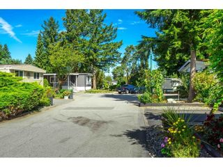 """Photo 2: 71 7790 KING GEORGE Boulevard in Surrey: East Newton Manufactured Home for sale in """"CRISPEN BAY"""" : MLS®# R2615871"""