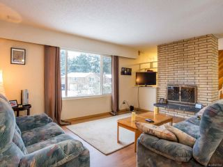 Photo 11: 3743 Uplands Dr in NANAIMO: Na Uplands House for sale (Nanaimo)  : MLS®# 831352