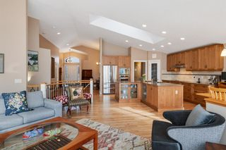 Photo 11: 10971 Valley Springs Road NW in Calgary: Valley Ridge Detached for sale : MLS®# A1081061