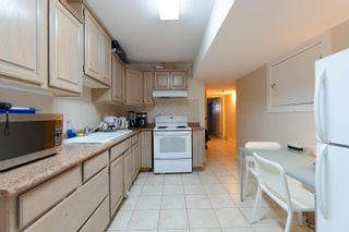 Photo 30: 7898 WOODHURST Drive in Burnaby: Forest Hills BN House for sale (Burnaby North)  : MLS®# R2296950