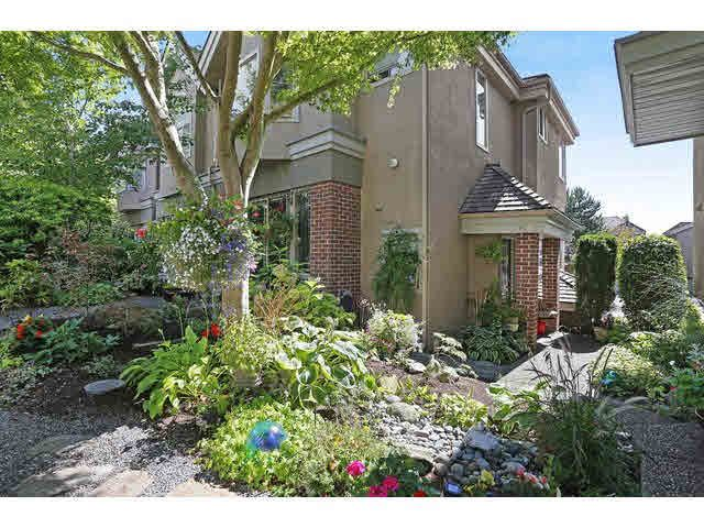 Main Photo: 15410 Vine Avenue in White Rock: Townhouse for sale : MLS®# F1451663