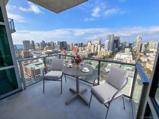 Photo 3: DOWNTOWN Condo for sale : 1 bedrooms : 800 The Mark Ln #2403 in San Diego