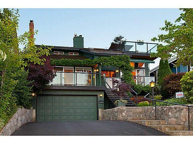 Main Photo: 4130 ST PAULS AV in North Vancouver: Upper Lonsdale House for sale : MLS®# V1037997