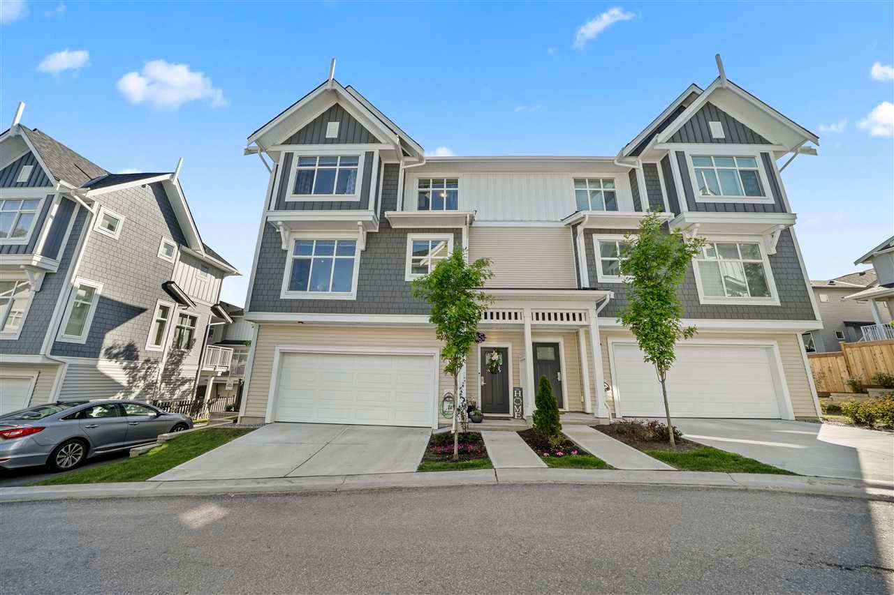 """Main Photo: 1001 11295 PAZARENA Place in Maple Ridge: East Central Townhouse for sale in """"Provenance by Polygon"""" : MLS®# R2584547"""