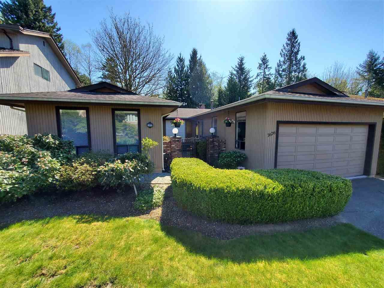 Main Photo: 7676 LAWRENCE Drive in Burnaby: Montecito House for sale (Burnaby North)  : MLS®# R2570165