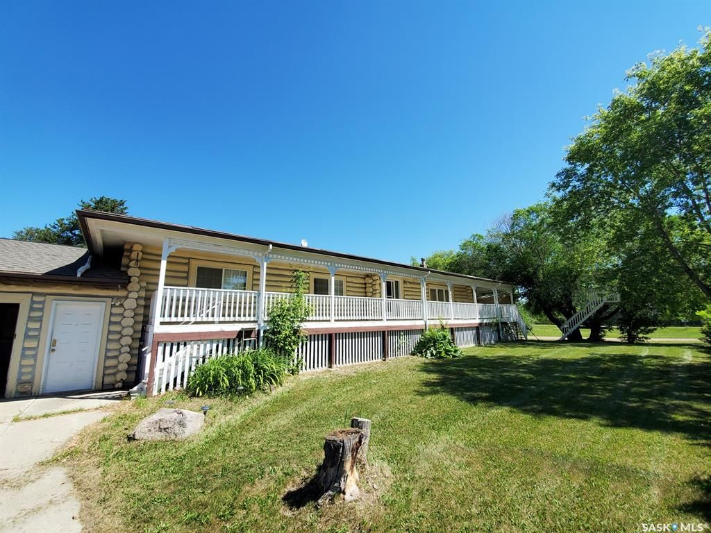 Main Photo: 160 1st Avenue North in Pierceland: Residential for sale : MLS®# SK844954
