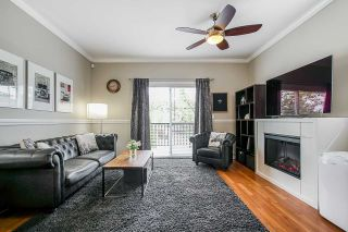 """Photo 4: 17 11060 BARNSTON VIEW Road in Pitt Meadows: South Meadows Townhouse for sale in """"COHO"""" : MLS®# R2398399"""