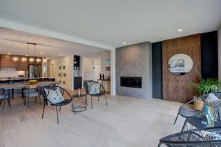 Photo 5: 32 Kirby Place SW in Calgary: Kingsland Detached for sale : MLS®# A1143967