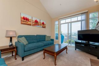Photo 3: 37 11860 RIVER ROAD in Surrey: Royal Heights Townhouse for sale (North Surrey)  : MLS®# R2294349