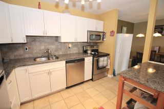 """Photo 3: 325 12170 222 Street in Maple Ridge: West Central Condo for sale in """"WILDWOOD TERRACE"""" : MLS®# R2353429"""