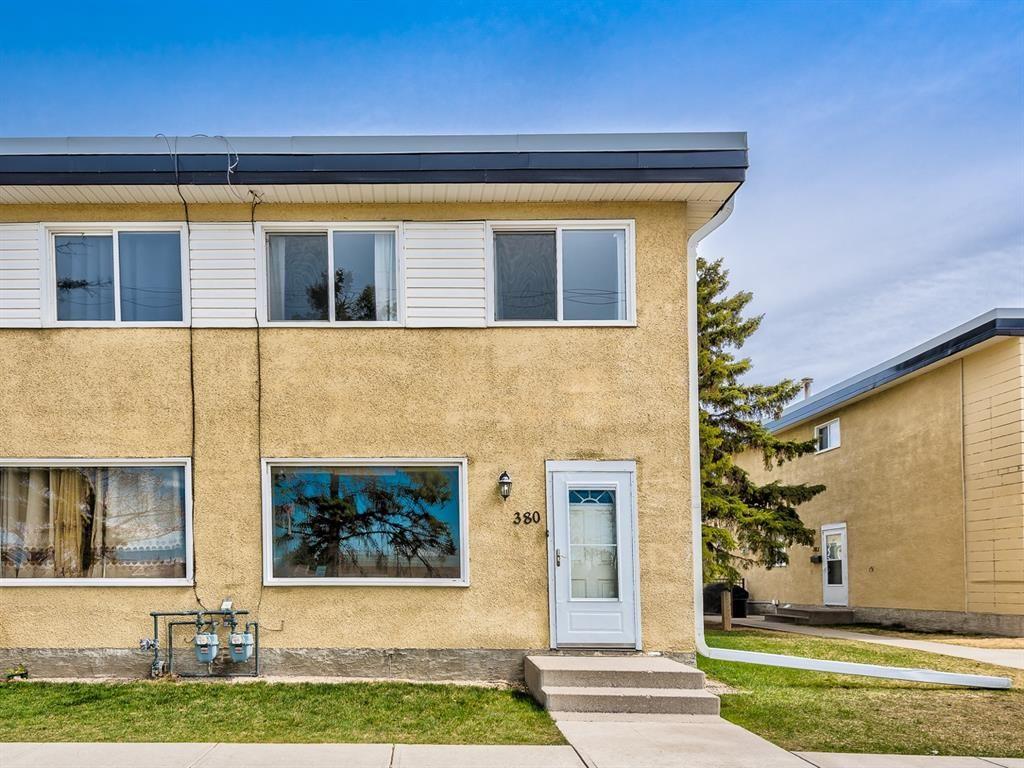 Main Photo: 380 2211 19 Street NE in Calgary: Vista Heights Row/Townhouse for sale : MLS®# A1101088