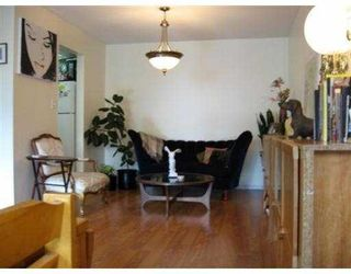 Photo 2: 306 5335 HASTINGS Street in Burnaby: Capitol Hill BN Condo for sale (Burnaby North)  : MLS®# V783120