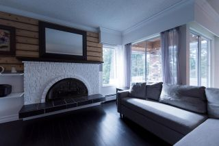 Photo 4: 301 1390 MARTIN STREET: White Rock Condo for sale (South Surrey White Rock)  : MLS®# R2540189