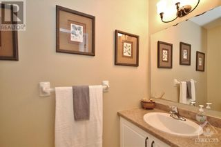 Photo 14: 52 OLDE TOWNE AVENUE in Russell: House for sale : MLS®# 1264483