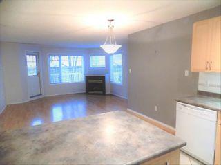 Photo 9: 104 8909 100 Street in Edmonton: Zone 15 Condo for sale : MLS®# E4246923