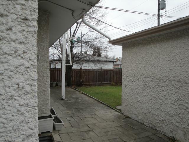 Photo 12: Photos: 1133 Atlantic Avenue in WINNIPEG: North End Residential for sale (North West Winnipeg)  : MLS®# 1302446