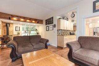 Photo 2: 12371 SEUX Road in Mission: Durieu House for sale : MLS®# R2357338