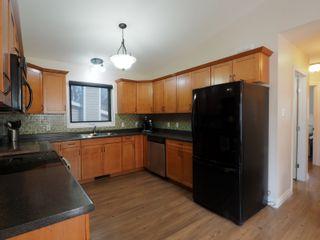 Photo 11: 50 1st Street SW in Portage la Prairie: House for sale : MLS®# 202105577