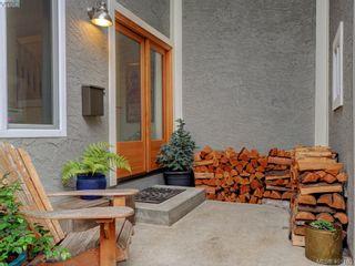 Photo 2: 1321 Pembroke St in VICTORIA: Vi Fernwood Half Duplex for sale (Victoria)  : MLS®# 800491