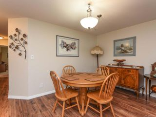 Photo 6: 110 2077 St Andrews Way in COURTENAY: CV Courtenay East Row/Townhouse for sale (Comox Valley)  : MLS®# 825107
