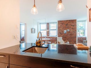 """Photo 14: 404 233 ABBOTT Street in Vancouver: Downtown VW Condo for sale in """"Abbott Place"""" (Vancouver West)  : MLS®# R2617802"""
