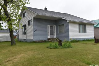 Photo 1: 600 Maple Road West in Nipawin: Residential for sale : MLS®# SK846801