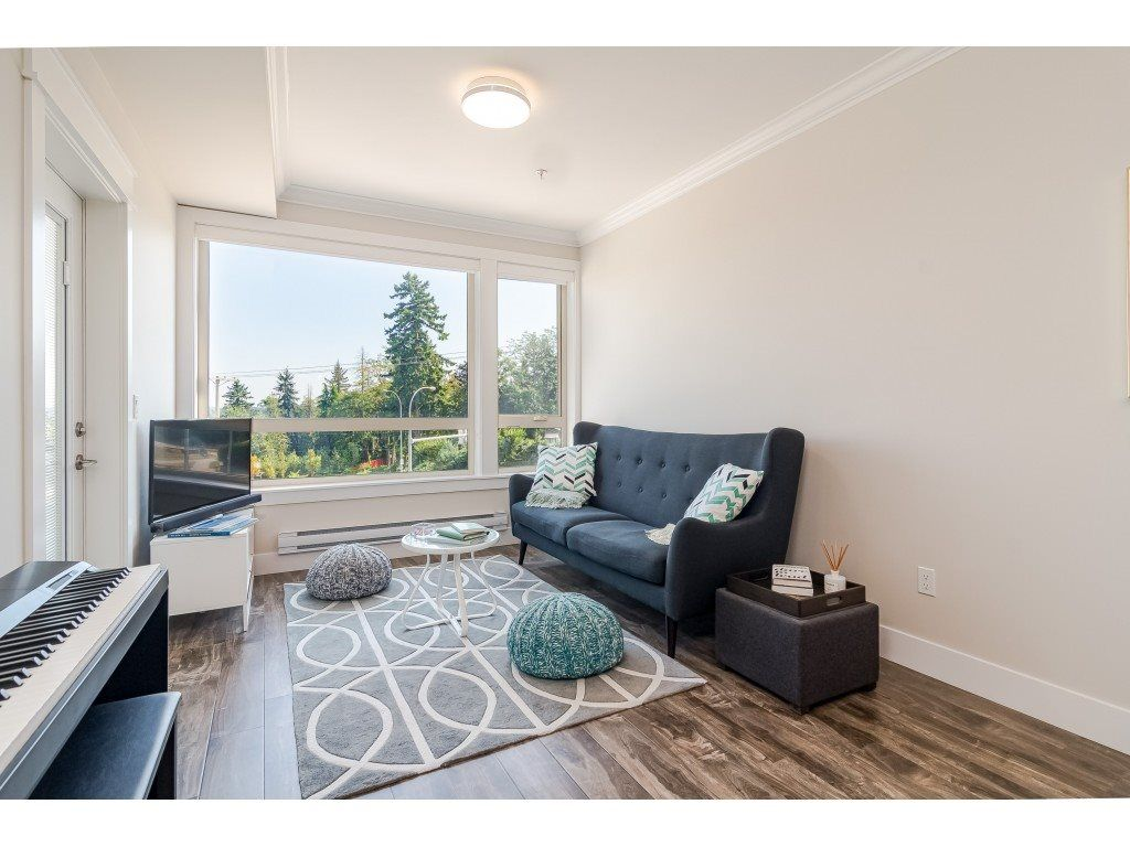 """Photo 10: Photos: 315 19228 64 Avenue in Surrey: Clayton Condo for sale in """"FOCAL POINT"""" (Cloverdale)  : MLS®# R2481765"""