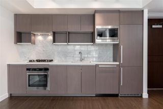 Photo 8: 1112 68 SMITHE Street in Vancouver: Downtown VW Condo for sale (Vancouver West)  : MLS®# R2588565