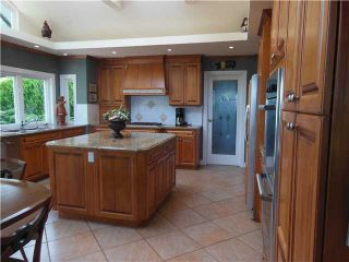 """Photo 7: 3866 LONSDALE Avenue in North Vancouver: Upper Lonsdale House for sale in """"UPPER LONSDALE"""" : MLS®# V1123324"""