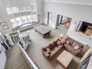 """Photo 17: 106 2959 SILVER SPRINGS Boulevard in Coquitlam: Westwood Plateau Condo for sale in """"TANTALUS"""" : MLS®# R2405133"""