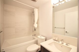 """Photo 11: 1705 4900 LENNOX Lane in Burnaby: Metrotown Condo for sale in """"THE PARK"""" (Burnaby South)  : MLS®# R2352671"""