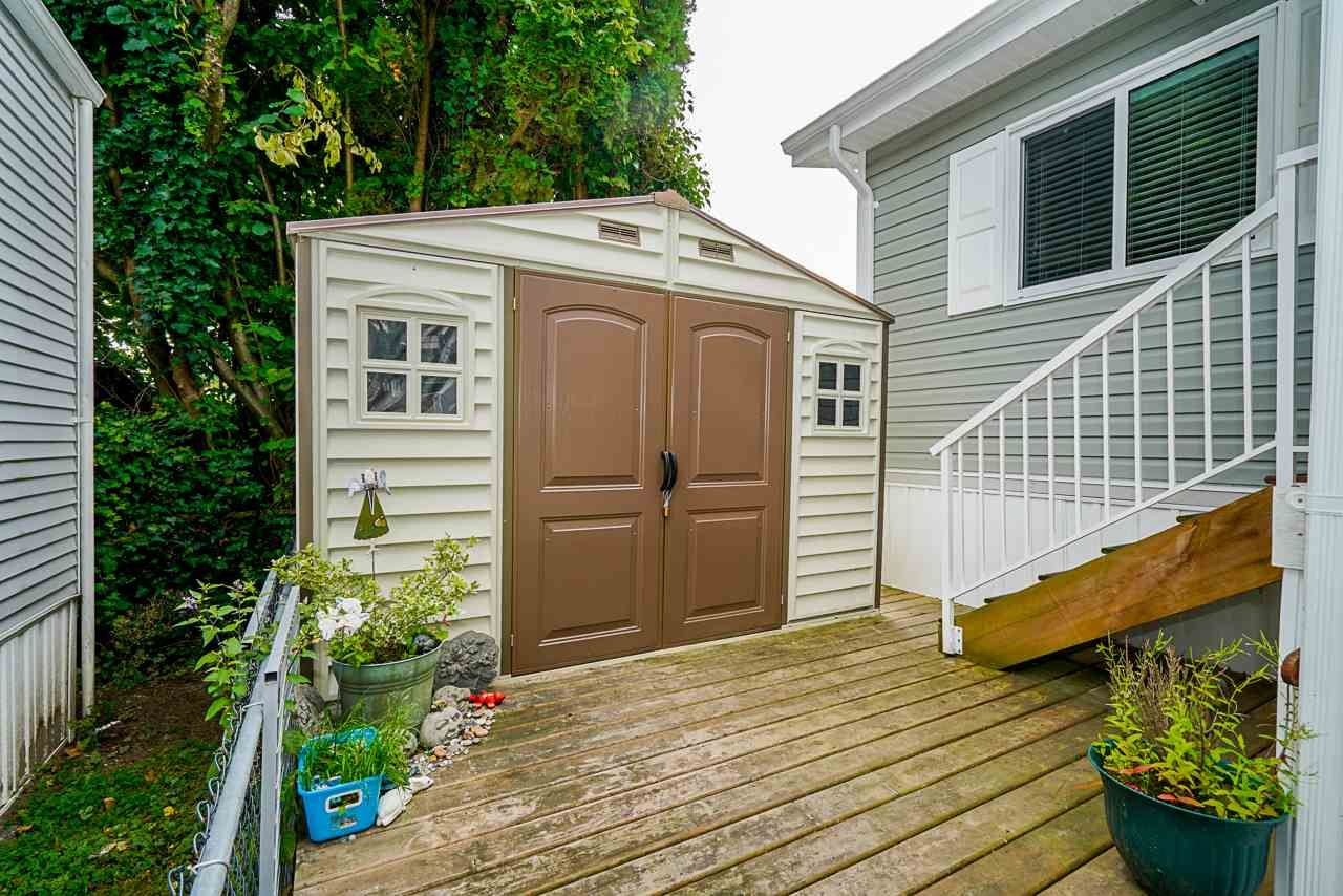 """Photo 19: Photos: 49 7790 KING GEORGE Boulevard in Surrey: East Newton Manufactured Home for sale in """"CRISPEN BAYS"""" : MLS®# R2493696"""