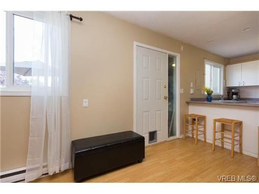 Photo 2: Photos: 23 10070 Fifth St in SIDNEY: Si Sidney North-East Row/Townhouse for sale (Sidney)  : MLS®# 739544
