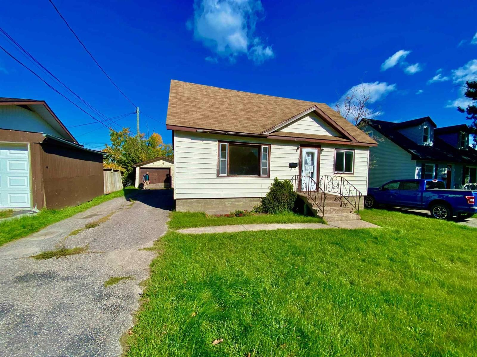 Main Photo: 214 Fifth Street South in KENORA: House for sale : MLS®# TB213005