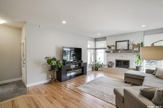 Photo 6: 135 Willoughby Crescent in Saskatoon: Wildwood Residential for sale : MLS®# SK864814
