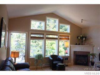 Photo 5: 74 850 Parklands Dr in VICTORIA: Es Gorge Vale Row/Townhouse for sale (Esquimalt)  : MLS®# 692887
