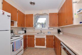 Photo 5: 126 Lenore Street in Winnipeg: Wolseley Residential for sale (5B)  : MLS®# 202112677