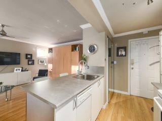 "Photo 9: 213 1940 BARCLAY Street in Vancouver: West End VW Condo for sale in ""Bourbon Court"" (Vancouver West)  : MLS®# R2473241"