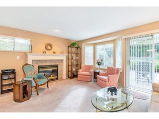 """Photo 2: 159 20391 96 Avenue in Langley: Walnut Grove Townhouse for sale in """"Chelsea Green"""" : MLS®# R2539668"""