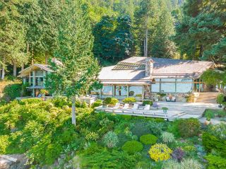 """Photo 6: 370 374 SMUGGLERS COVE Road: Bowen Island House for sale in """"Hood Point"""" : MLS®# R2518143"""